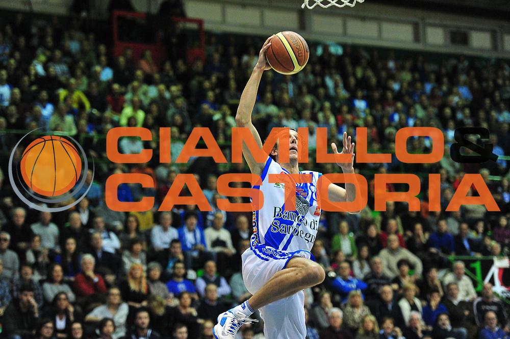 DESCRIZIONE : LegaBasket Serie A 2013-14 Dinamo Banco di Sardegna Sassari - Granarolo Virtus Bologna<br /> GIOCATORE : Giacomo Devecchi<br /> CATEGORIA : Tiro Penetrazione<br /> SQUADRA :  Dinamo Banco di Sardegna Sassari<br /> EVENTO : Campionato Serie A 2013-14<br /> GARA : Dinamo Banco di Sardegna Sassari - Granarolo Virtus Bologna<br /> DATA : 19/01/2014<br /> SPORT : Pallacanestro <br /> AUTORE : Agenzia Ciamillo-Castoria / M.Turrini<br /> Galleria : Lega Basket Serie A Beko 2013-2014  <br /> Fotonotizia : LegaBasket Serie A 2013-14 Dinamo Banco di Sardegna Sassari - Granarolo Virtus Bologna<br /> Predefinita :