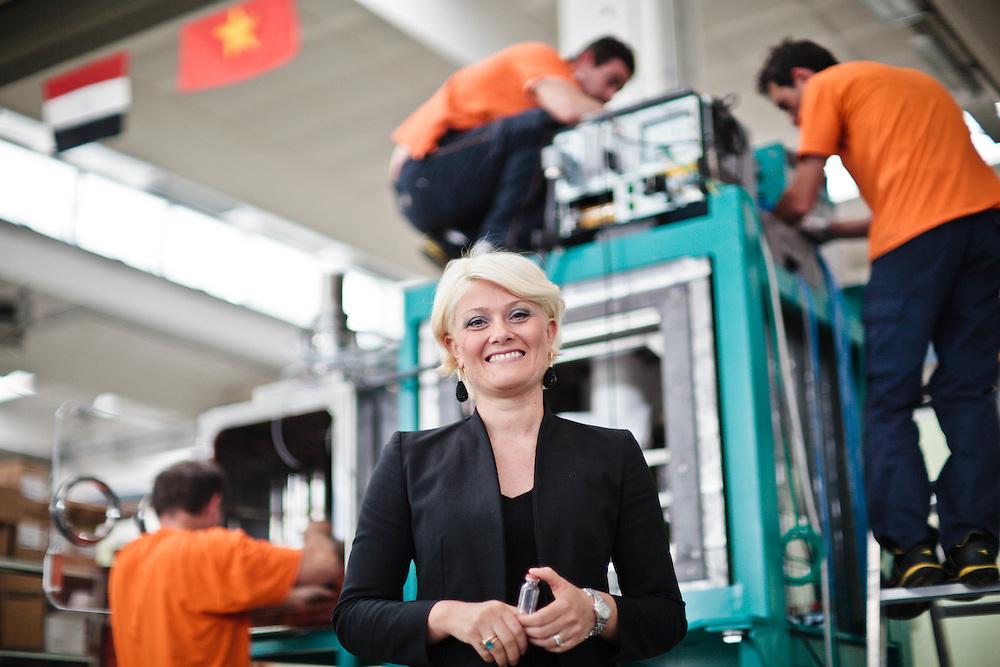 14 JUN 2011 - Castel Bolgonese (Ravenna) - Alessia Zanelli, amm.re delegato Comecer: tecnologie per la Medicina Nucleare :-: Castel Bolognese (Italy) - Comecer: Nuclear Medicine Technology - CEO Alessia Zanelli