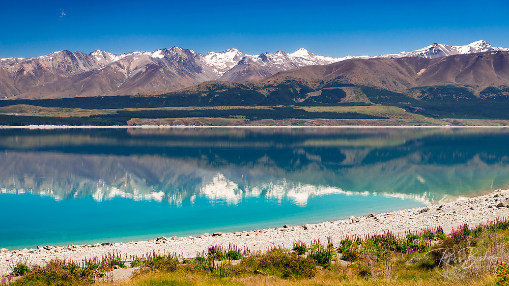 The Southern Alps from Lake Pukaki, Canterbury, South Island, New Zealand