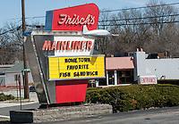 Frischs Mainliner Mariemont Cincinnati Ohio