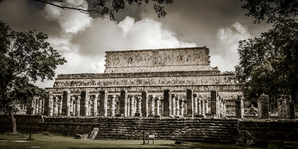 The Temple of the Warriors (Templo de los Guerreros) at the Chichen Itza world heritage site, Yucatan, Mexico