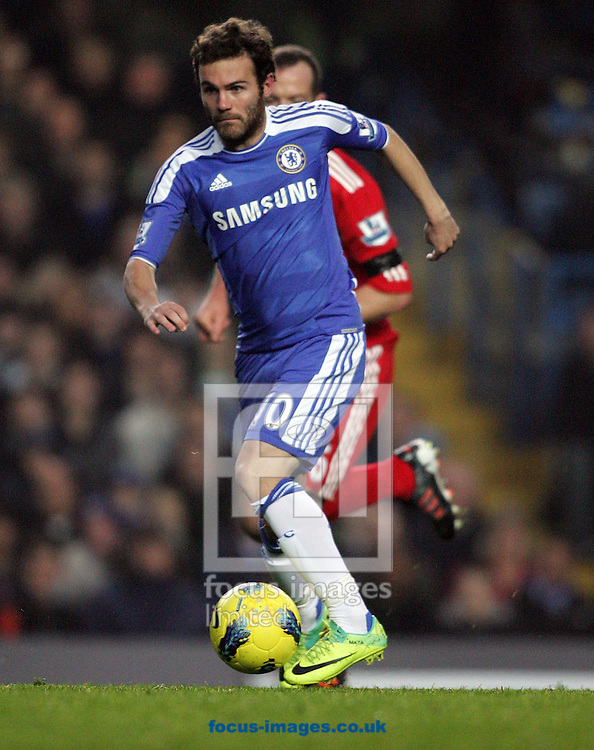Picture by Paul Terry/Focus Images Ltd. 07545642257.20/11/11.Juan Mata of Chelsea with the ball during the Barclays Premier League match at Stamford Bridge stadium, London.