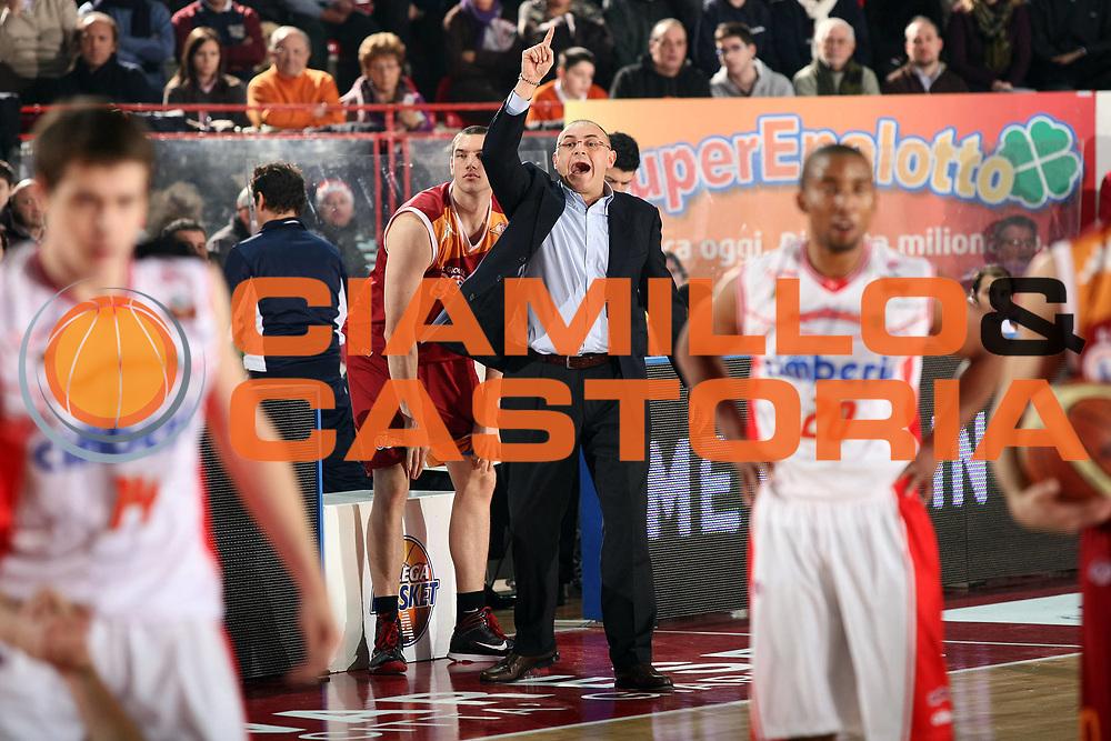DESCRIZIONE : Varese Lega A 2009-10 Cimberio Varese Lottomatica Virtus Roma<br /> GIOCATORE : Matteo Boniciolli<br /> SQUADRA : Lottomatica Virtus Roma<br /> EVENTO : Campionato Lega A 2009-2010 <br /> GARA : Cimberio Varese Lottomatica Virtus Roma<br /> DATA : 20/12/2009<br /> CATEGORIA : Ritratto<br /> SPORT : Pallacanestro <br /> AUTORE : Agenzia Ciamillo-Castoria/G.Cottini<br /> Galleria : Lega Basket A 2009-2010 <br /> Fotonotizia : Varese Campionato Italiano Lega A 2009-2010 Cimberio Varese Lottomatica Virtus Roma<br /> Predefinita :