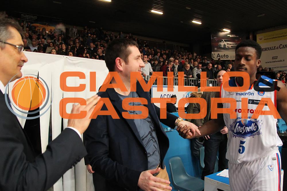 DESCRIZIONE: Cantu' Lega A 2015-16 <br /> Acqua Vitasnella Cantu' vs  Pasta Reggia Juve Caserta<br /> GIOCATORE: Dmitri Gerasimenko Awudu Abass<br /> CATEGORIA: esultanza<br /> SQUADRA: Acqua Vitasnella Cantu'<br /> EVENTO: Campionato Lega A 2015-2016<br /> GARA: Acqua Vitasnella Cantu' Pasta Reggia Juve Caserta<br /> DATA: 13.02.2016<br /> SPORT: Pallacanestro<br /> AUTORE: Agenzia Ciamillo-Castoria/A. Ossola<br /> Galleria: Lega Basket A 2015-2016<br /> Fotonotizia: Cantu' Lega A 2015-16 <br /> Acqua Vitasnella Cantu' Pasta Reggia Juve Caserta