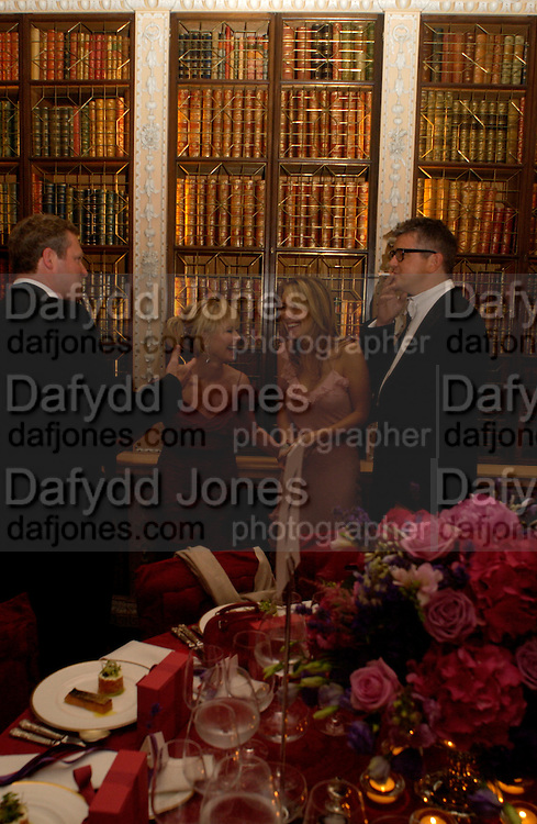 Rory Bremner, Lulu, Sam Taylor Wood and Jay Jopling, Ball at Blenheim Palace in aid of the Red Cross, Woodstock, 26 June 2004. SUPPLIED FOR ONE-TIME USE ONLY-DO NOT ARCHIVE. © Copyright Photograph by Dafydd Jones 66 Stockwell Park Rd. London SW9 0DA Tel 020 7733 0108 www.dafjones.com