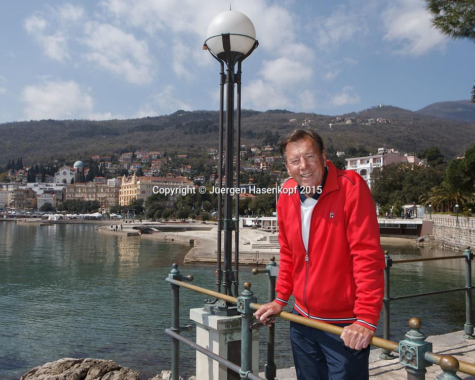 Tennis Trainer Legende Niki Pilic in Opatija, Kroatien<br /> <br /> travel - Niki Pilic in Opatija, Kroatien -   Opatija -  - Croatia  - 10 April 2015. <br /> &copy; Juergen Hasenkopf