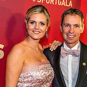 NLD/Amsterdam/20161221 - NOC*NSF Sportgala 2016, Erik Dekker en partner Ilse