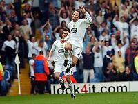 Fotball<br /> Championship 2004/05<br /> Leeds v Wolves<br /> 2. april 2005<br /> Foto: Digitalsport<br /> NORWAY ONLY<br /> Shaun Derry celebrates scoring goal Leeds United