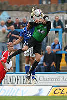 Photo: Pete Lorence.<br />Chesterfield Town v Wycombe Wanderers. Coca Cola League 2. 01/09/2007.<br />Scott Shearer defends the goal.
