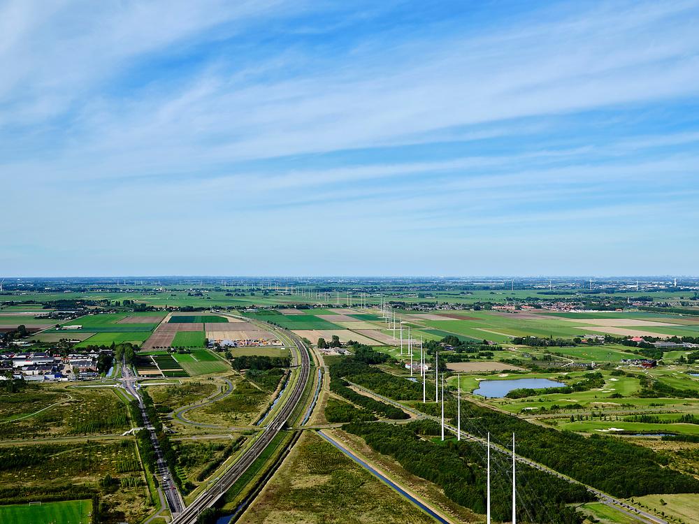 Nederland, Zuid-Holland, Zoetermeer, 14-09-2019; de HSL-lijn richtingboortunnel bij Hazerswoude-dorp.<br /> HSL line in the direction drilled tunnel. <br /> luchtfoto (toeslag op standard tarieven);<br /> aerial photo (additional fee required);<br /> copyright foto/photo Siebe Swart