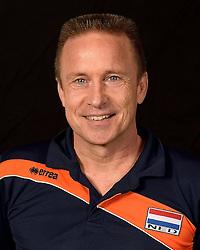 20-07-2014 NED: Selectie Nederlands volleybal team jongens jeugd, Arnhem<br /> Op Papendal werd het Nederlands team volleybal seizoen 2014-2015 gepresenteerd / Han Abbing