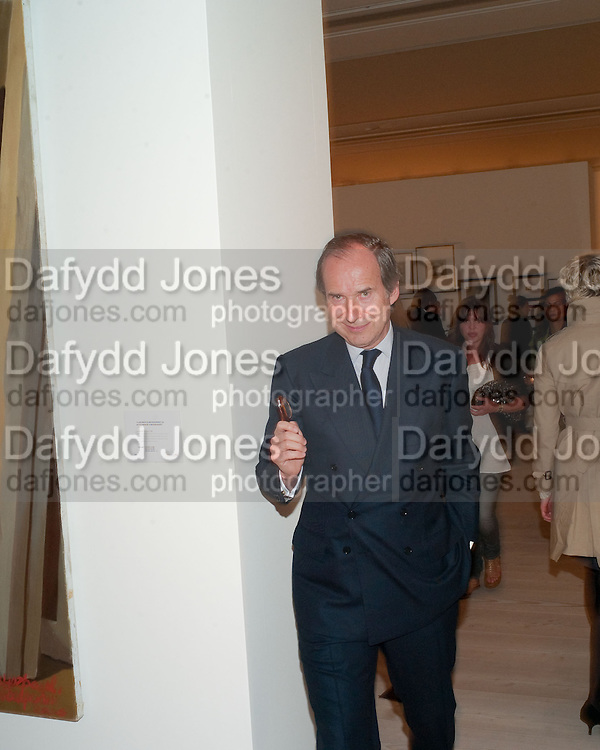 SIMON DE PURY, Phillips de Pury and Company.- BRIC- Exhibition and auction celebrating Brazil, Russia, India and China at the Saatchi Gallery. London.  17 April 2010.