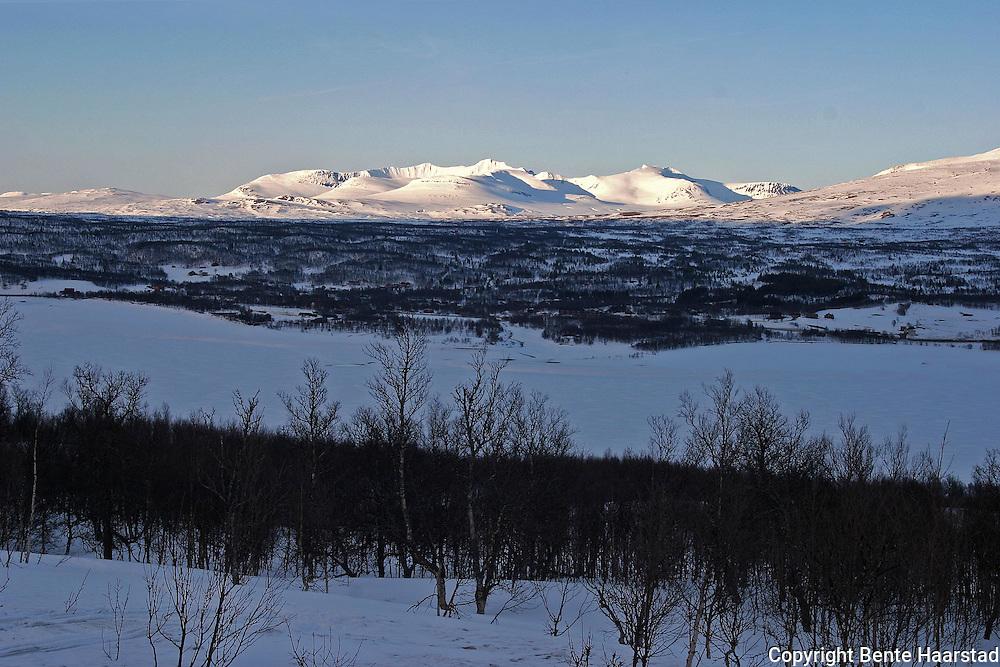 Sylene, også kalt Sylan, Sylarna, er de høyeste grensefjellene mellom Norge og Sverige. Viktig natur- og turområde, ikke minst med merkede løyper og hytter i regi av Trondhjem Turistforening/DNT. Sylene, the highest mountains on the border between Norway and Sweden.