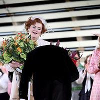 Nederland, Amsterdam , 4 februari 2010..De Nederlandse operadiva Charlotte Margiono neemt afscheid van de bühne. De sopraan zong woensdagavond in Het Muziektheater in Amsterdam voor het laatst in een opera. Haar afsluitende optreden was de rol van Marcellina in Mozarts opera Le nozze di Figaro..Foto:Jean-Pierre Jans