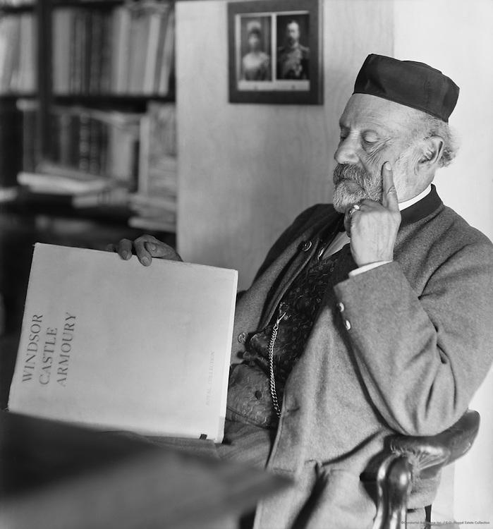 Arminius Vambery, professor, Hungarian expert in Eastern Affairs. c1909