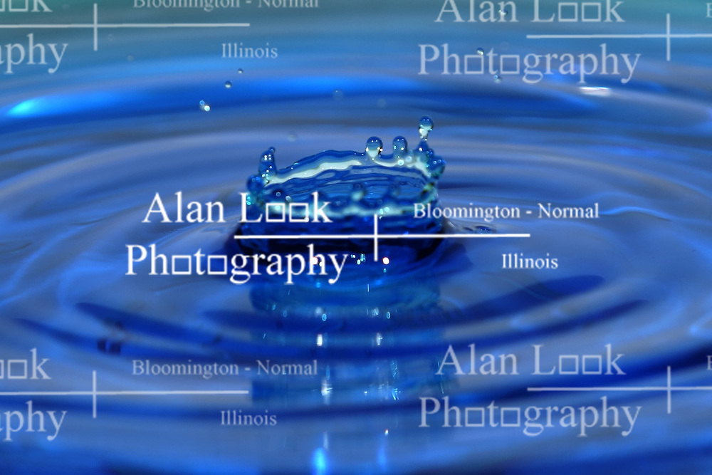 15 Jan 2005  Splashes of liquid (Photo by Alan Look) This image was produced in part utilizing High Dynamic Range (HDR) or panoramic stitching or other computer software manipulation processes. It should not be used editorially without being listed as an illustration or with a disclaimer. It may or may not be an accurate representation of the scene as originally photographed and the finished image is the creation of the photographer.