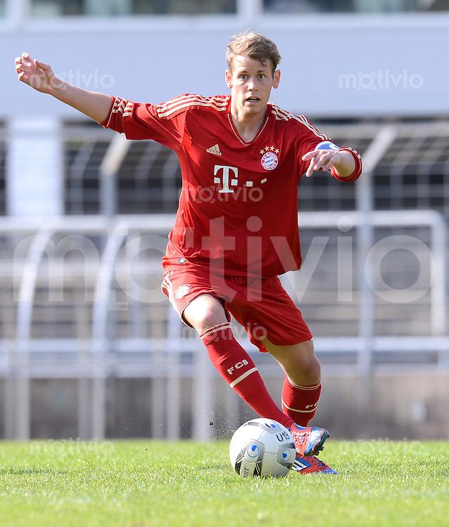 FUSSBALL  U19 A Junioren Bundesliga   SAISON  2011/2012    14. Spieltag   02.05.2012 TSV 1860 Muenchen - FC Bayern Muenchen Fabian Huerzeler (FC Bayern Muenchen)