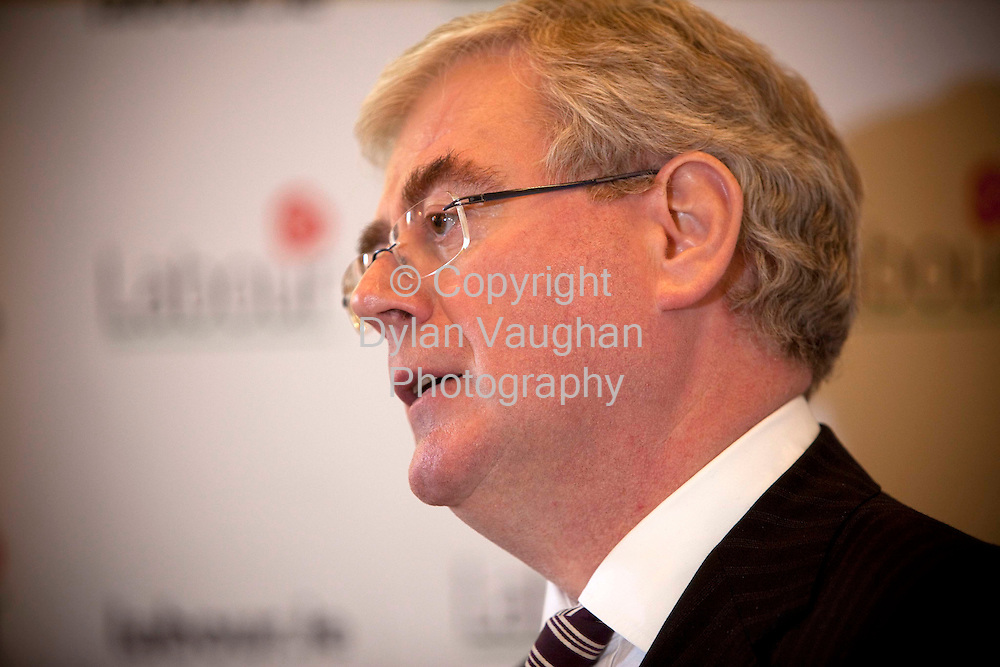 9/9/2009.Labour Party leader Eamon Gilmore pictured speaking at the party meeting at the Faithleg House Hotel in Waterford..Picture Dylan Vaughan.