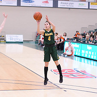 2nd year guard Avery Pearce (4) of the Regina Cougars during the 5th year night on February  11 at Centre for Kinesiology, Health and Sport. Credit: Arthur Ward/Arthur Images