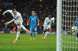 Wayne Rooney of England (Manchester United) scores a penalty. - Photo mandatory by-line: Alex James/JMP - Mobile: 07966 386802 - 15/11/2014 - SPORT - Football - London - Wembley - England v Slovenia - EURO 2016 Qualifier