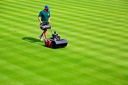 UK ENGLAND LONDON 17AUG07 - A gardener mows the lawn to a height of 1.2 millimetres using a precision lawn mower at Wimbledon Tennis Club Court No. 1 in London.. . jre/Photo by Jiri Rezac. . © Jiri Rezac 2007. . Contact: +44 (0) 7050 110 417. Mobile:  +44 (0) 7801 337 683. Office:  +44 (0) 20 8968 9635. . Email:   jiri@jirirezac.com. Web:    www.jirirezac.com. . © All images Jiri Rezac 2007 - All rights reserved.