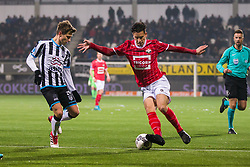 (L-R) Reuven Niemeijer of Heracles Almelo, Thom Haye of Willem II during the Dutch Eredivisie match between Heracles Almelo and Willem II Tilburg at Polman stadium on February 10, 2018 in Almelo, The Netherlands