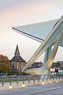 Europe, Belgium, Liege, roof of the railway station Liege-Guillemins, architect Santiago Calatrava<br /> <br /> Europa, Belgien, Luettich, Dach des Bahnhofes Luettich-Guillemins, Architekt Santiago Calatrava.