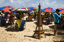 October 16, 2016 - Boa Viagem, Brazil - Point frequented by French tourists on the beach of Boa Viagem, Recife in northeastern Brazil, on October 16, 2016. The beach is known internationally for shark attacks and for their beauty. (Credit Image: © Diego Herculano/NurPhoto via ZUMA Press)