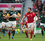 Twickenham, Great Britain, Left, Francois LOUW and Alex CUTHBERT, during the Quarter Final 1 game, South Africa vs Wales.  2015 Rugby World Cup,  Venue, Twickenham Stadium, Surrey, ENGLAND.  Saturday  17/10/2015.   [Mandatory Credit; Peter Spurrier/Intersport-images]