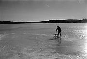 Sjön Toftan isbelagd,