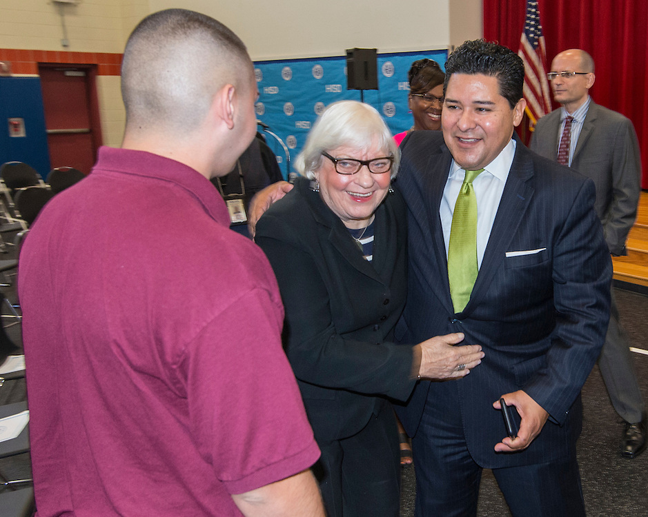 Houston ISD Superintendent Richard Carranza shares a laugh with Bertie Simmons during a stop of the Listen & Learn tour at Marshall Elementary School, September 20, 2016.