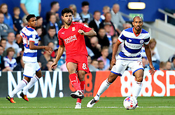 Yaser Kasim of Swindon Town passes the ball - Mandatory by-line: Robbie Stephenson/JMP - 10/08/2016 - FOOTBALL - Loftus Road - London, England - Queens Park Rangers v Swindon Town - EFL League Cup