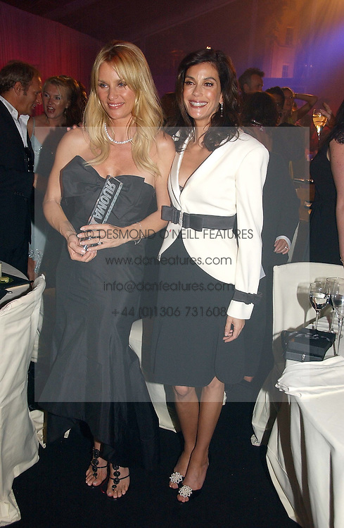 Left to right, NICOLETTE SHERIDAN and TERI HATCHER at the 2006 Glamour Women of the Year Awards 2006 held in Berkeley Square Gardens, London W1 on 6th June 2006.<br />