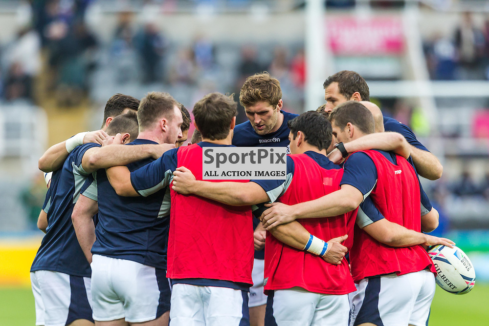 The Scotland team warm up before thier World Cup match against South Africa (c) ROSS EAGLESHAM | Sportpix.co.uk
