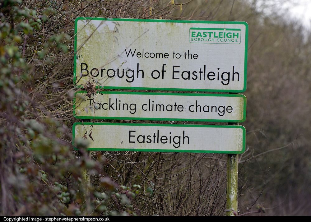 © Licensed to London News Pictures. 12/02/2013. Eastleigh, UK General views of Eastleigh town centre today 12th February 2013. The by-election in Eastleigh to replace former cabinet minister Chris Huhne will be held on 28 February . Photo credit : Stephen Simpson/LNP
