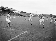 All Ireland Junior Hurling Semi Final. Dublin v Limerick..Winners - Dublin..24.08.1952  24th August 1952
