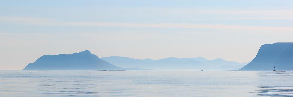 Panoramic landscape early morning, nearby Ålesund, Norway. Vigra to the left, Godøy to the right | Panorama landskap i blåtoner tatt tidlig en morgen fra Nørdre Vaulen i Herøy med utsikt mot Vigra og Godøy.
