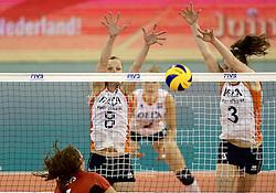 01-06-2014 NED:  Vriendschappelijk Nedeland - Belgie, Eindhoven<br /> Nederland wint met 3-2 van Belgie / Judith Pietersen, Yvon Belien