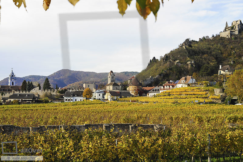 Austrian World Heritage Wachau in autumn, Austria, Lower Austria, Wachau, Duernstein