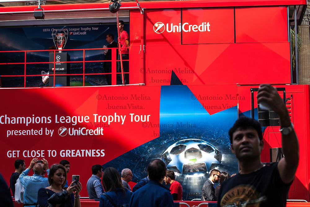 A Palermo, l'UEFA Champions League Trophy Tour, sponsorizzato da Unicredit.