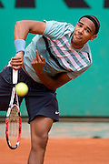 Paris, France. May 29th 2009. .Roland Garros - Tennis French Open. 3rd Round..French Player Josselin Ouanna against Fernando Gonzalez.