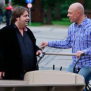 NLD/Amsterdam/20110721 - gaten bij de opname van RTL Tour de Jour, Gert Jakobs en Frank Evenblij