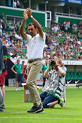 03.08.2014, Weserstadion, Bremen, GER, SV Werder Bremen, Tag der Fans, im Bild Robin Dutt (Cheftrainer SV Werder Bremen) // during the supporters day of the german 1st Bundesliga Club SV Werder Bremen at the Weserstadion in Bremen, Germany on 2014/08/03. EXPA Pictures © 2014, PhotoCredit: EXPA/ Andreas Gumz<br /> <br /> *****ATTENTION - OUT of GER*****