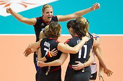 02.10.2011, Hala Pionir, Belgrad, SRB, Europameisterschaft Volleyball Frauen, Finale, Deutschland (GER) vs. Serbien (SRB), im Bild Jubel Deutschland: Maren Brinker (#15 GER / Pesaro ITA), Kathleen Weiß / Weiss (#2 GER), Angelina Grün / Gruen (#7 GER / Aachen GER), Christiane Fürst / Fuerst (#11 GER / Istanbul TUR), Margareta Kozuch (#14 GER / Sopot POL), Kerstin Tzscherlich (#4 GER / Dresden GER) // during the 2011 CEV European Championship, Final at Hala Pionir, Belgrade, SRB, Germany vs Serbia, 2011-10-02. EXPA Pictures © 2011, PhotoCredit: EXPA/ nph/  Kurth       ****** out of GER / CRO  / BEL ******
