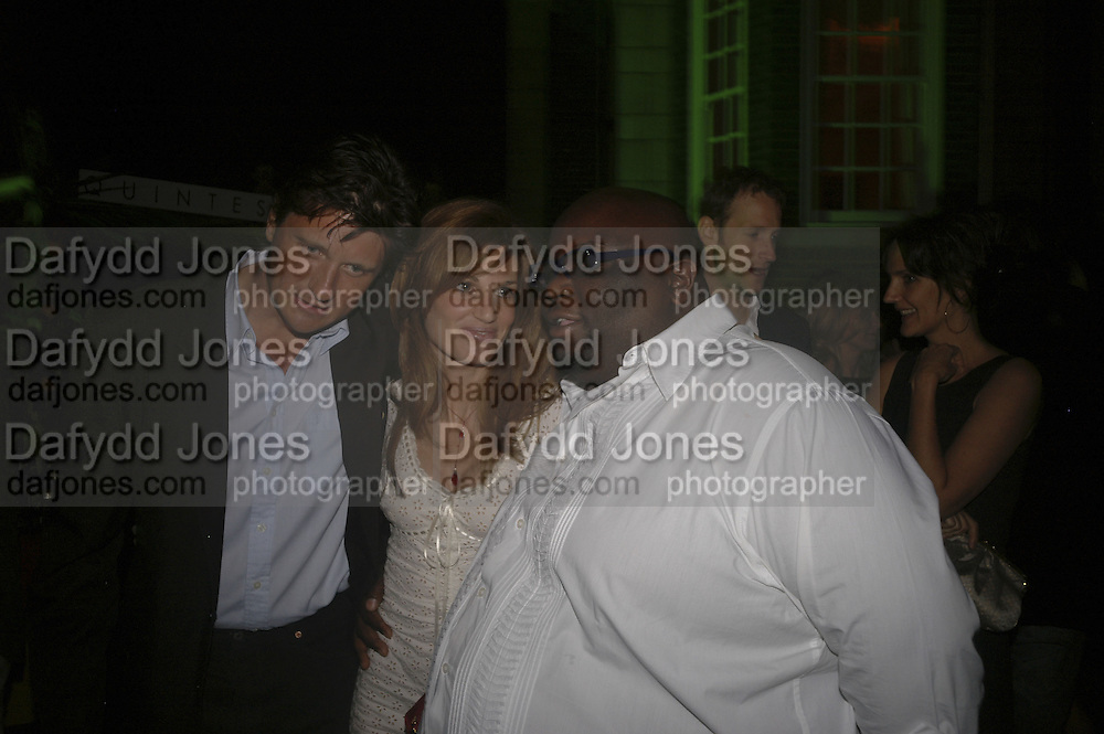 Lord Johnson Somerset, Jemima Khan and Ade, Quintessentially Summer party, Debenham House. Addison Rd. London. 15 June 2006. ONE TIME USE ONLY - DO NOT ARCHIVE  © Copyright Photograph by Dafydd Jones 66 Stockwell Park Rd. London SW9 0DA Tel 020 7733 0108 www.dafjones.com