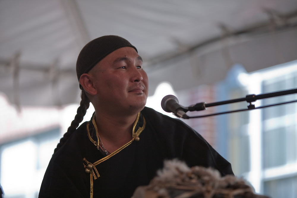 Tuvan throat-singer Ayan Shirizhik of Alash at the Lowel Folk Festival, 25 July 2009.