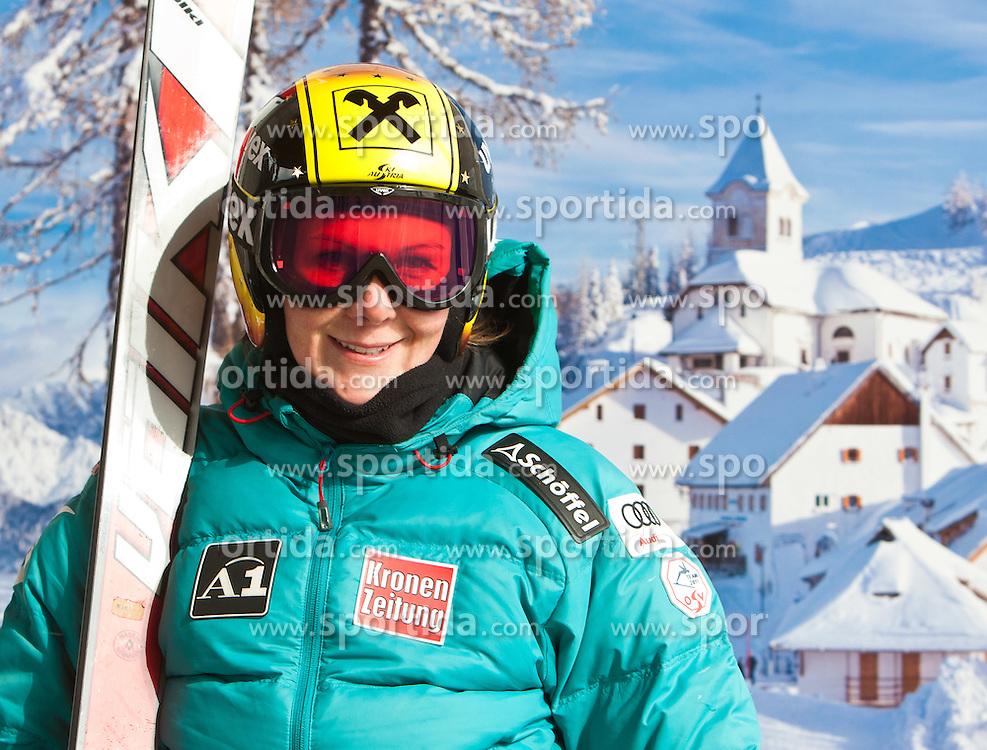 02.03.2011, Pista di Prampero, Tarvis, ITA, FIS Weltcup Ski Alpin, 1. Abfahrtstraining der Damen, im Bild, Nicole Hosp (AUT) // Nicole Hosp (AUT) during Ladie's Downhill Training, FIS World Cup Alpin Ski in Tarvisio Italy on 2/3/2011. EXPA Pictures © 2010, PhotoCredit: EXPA/ J. Groder