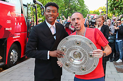 18.05.2019, Muenchen, GER, 1. FBL, FC Bayern Muenchen, Meisterfeier, Nockherberg, m Paulaner am Nockherberg, im Bild David Alaba und Franck Ribery // during the celebration after winning the championship of German Bundesliga season 2018/2019 at the Paulaner am Nockherberg. Munich, Germany on 2019/05/18. EXPA Pictures © 2019, PhotoCredit: EXPA/ SM<br /> <br /> *****ATTENTION - OUT of GER*****