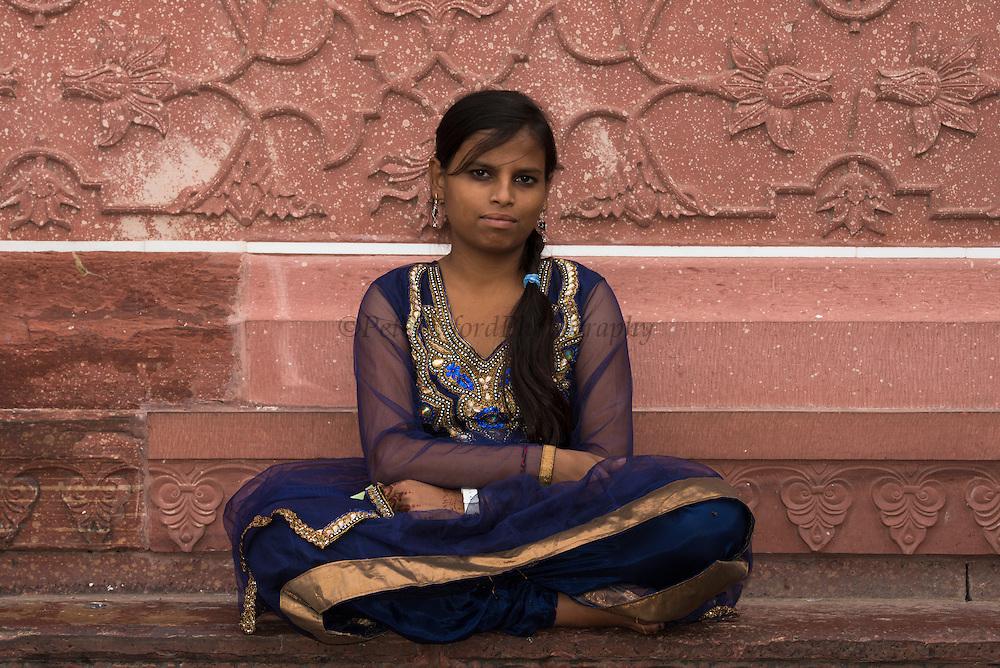 Taj Mahal & People<br /> Agra<br /> Uttar Pradesh,  India<br /> UNESCO World Heritage Site