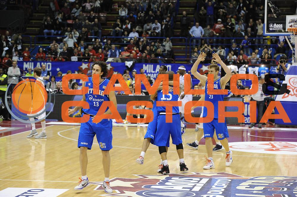 DESCRIZIONE : Milano Agos Ducato All Star Game 2011<br />GIOCATORE : Daniel Hackett Daniele Cavaliero Niccolo Melli<br />SQUADRA : Italia Nazionale Maschile<br />EVENTO : All Star Game 2011<br />GARA : Italia All Star Team<br />DATA : 13/03/2011<br />CATEGORIA : Esultanza<br />SPORT : Pallacanestro<br />AUTORE : Agenzia Ciamillo-Castoria/GiulioCiamillo<br />Galleria : FIP Nazionali 2011<br />Fotonotizia :  Milano Agos Ducato All Star Game 2011<br />Predefinita :